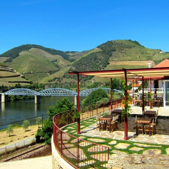 wine tourism in Douro region